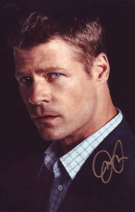 Joel Gretsch in-person autographed photo