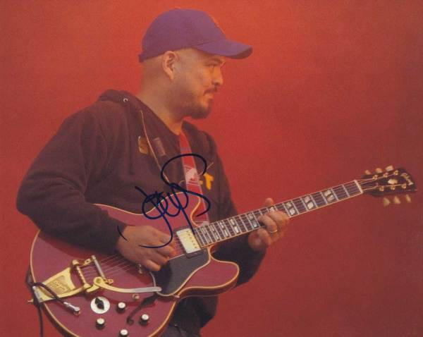 Joey Santiago in-person autographed photo