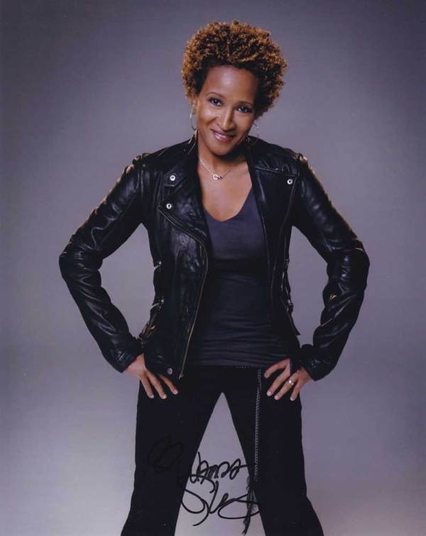 Wanda Sykes in-person autographed photo