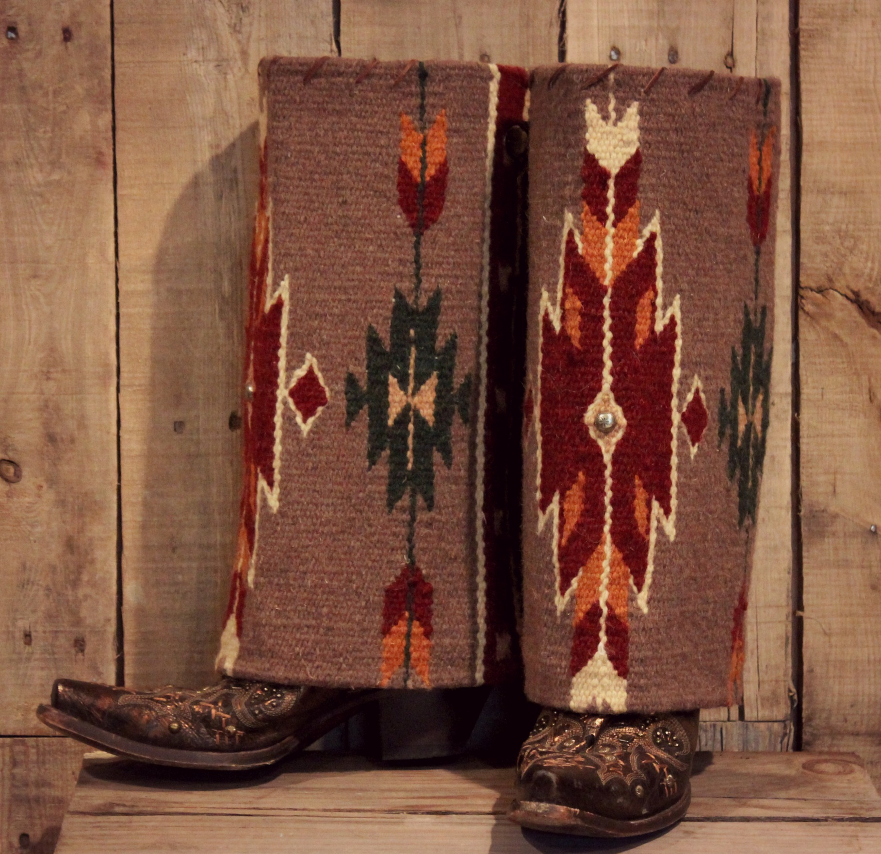 Gray Aztec Boot Rugs Copper Wings