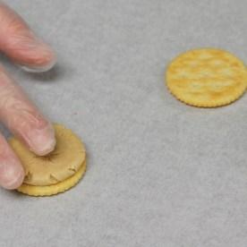 ritz cracker peanut butter