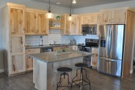 stone-west-village-phase-2-fargo-nd-flint--kitchen-2395month