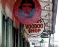 Schilder verschiednener Läden NEU JefferyTurner