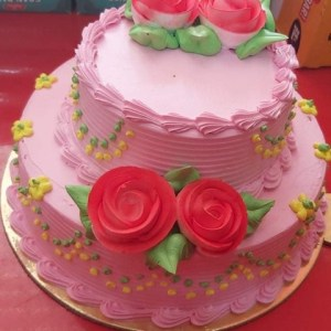 3.5 pound Strawberry cake