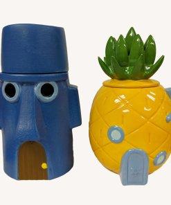 Cookie jars shaped like Spongebob and Squidward's houses
