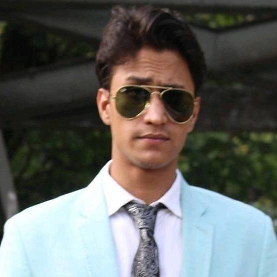 Md Shopno Khan