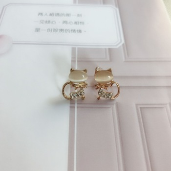 E02 New Fashion Jewelry Cat Stud Earrings For Women 2017 Hot Sale 1 Pair Ear Cuff Gold-color Earring Wholesale Drop Shipping