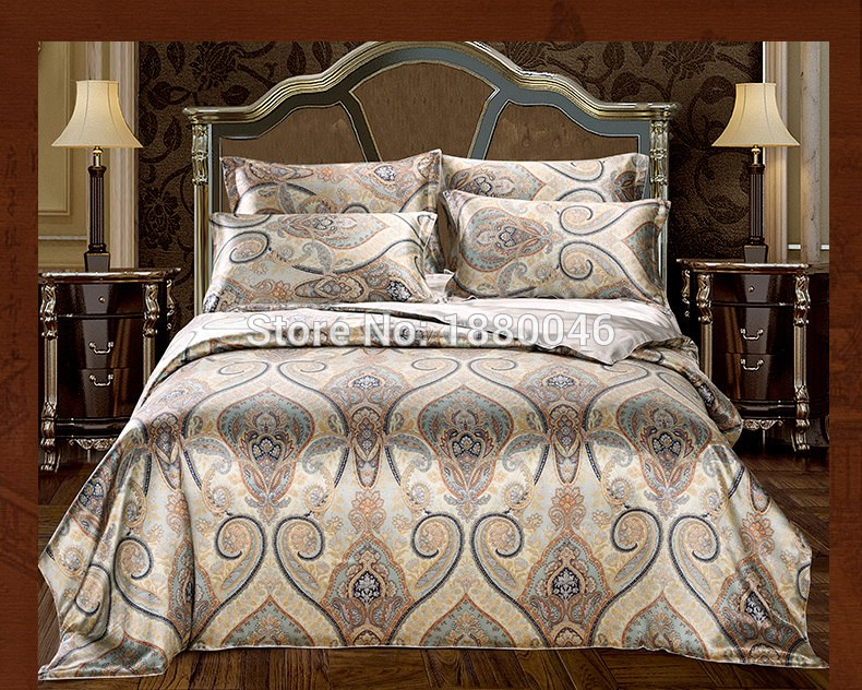 100% 16 Momme pure Mulberry Korean home design fabric textile bedding jacquard embroidery bed cover designs comforter sets