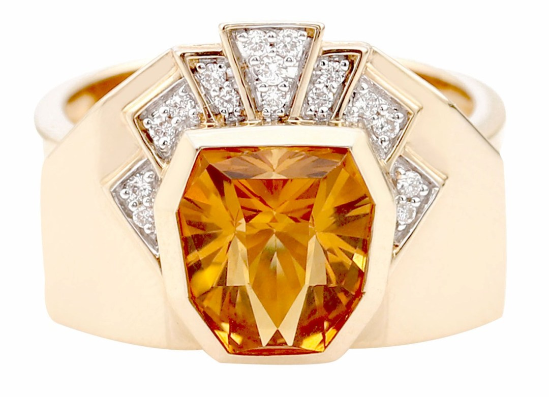Bague King or jaune avec diamants et citrine.