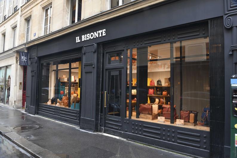 Événement • L'artisan du cuir, Il Bisonte, prend ses quartiers au cœur de Paris