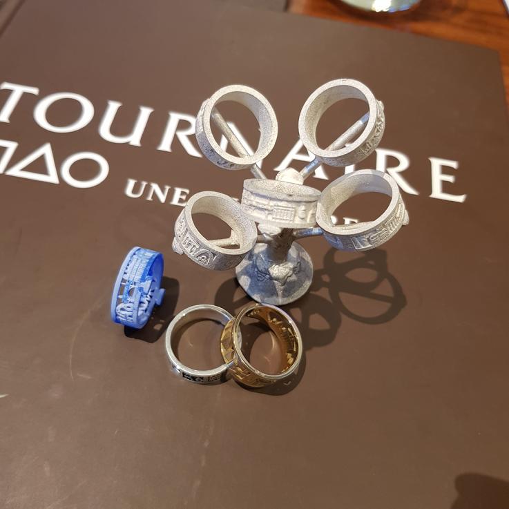 Design Your Ring. Et vous, comment la composerez-vous ? Envoyez-nous vos créations, nous les partagerons sur notre page facebook.