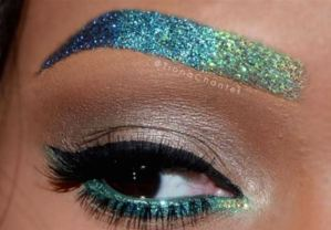 Ombre Oceanic Metallic Look Using Mixed Colors.