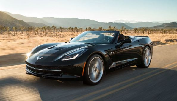 2018 Chevy Stingray may be out of water, but a sere desert road trip is still part of its natural environment