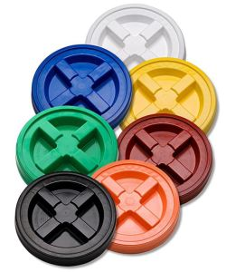 Gamma Seal Bucket Lids with gaskets come in many colors, useful to tell this bucket from THAT bucket.