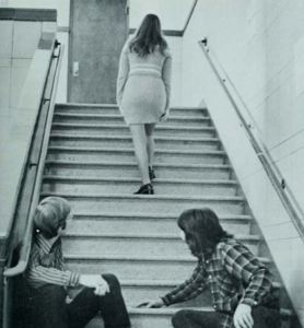 People will stare. An easy self-awareness while donning a mini skirt is something one needs to master. Photo via flashbak.com.