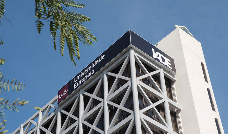 IADE-Universidade Europeia fecha parceria com PlayStation