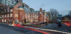 small-luxury-hotels-da-as-boas-vindas-ao-lalit-london-hotel_2
