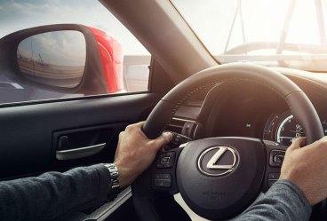 lexus-is300h-f-sport-o-automovel-que-nos-deixa-emocionados_8