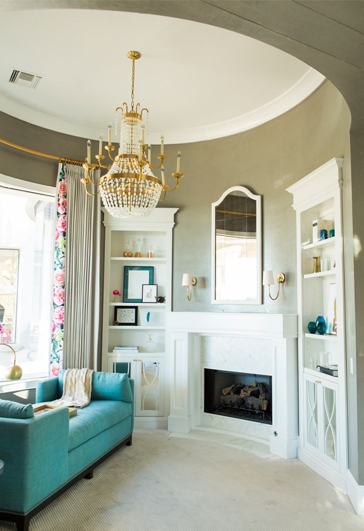 How to hang a mirror on the ceiling for Room decor hanging