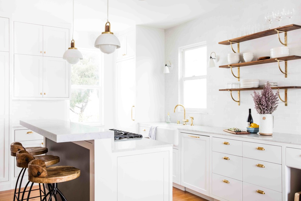 What S Hot 8 Beautiful Gold Brass And Hammered Metal Kitchens Shoproomideas