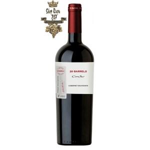 Vang Chile Cono Sur 20 Barrel Cabernet Sauvignon Tinto khi nhìn sẽ thấy có màu đỏ ruby đậm. Rượu mang hương thơm đậm đà