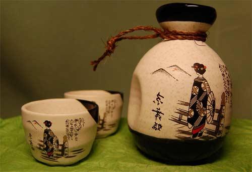 Bình rượu Sake