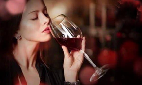 Bạn đã biết rượu vang đỏ nào tốt cho phụ nữ chưa ?