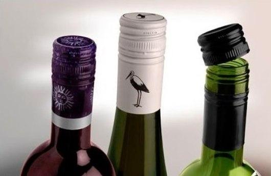 Nút vặn trong rượu vang
