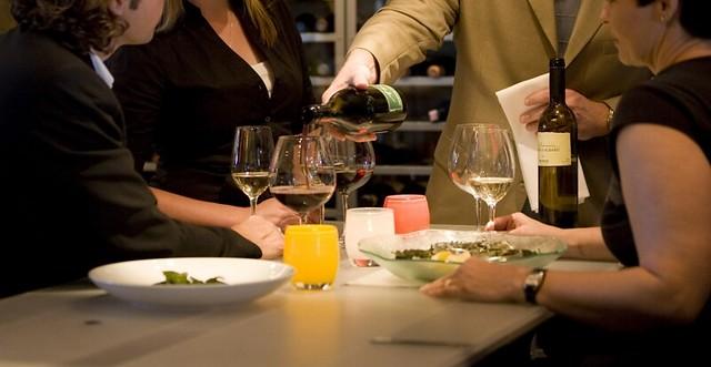 bí quyết chọn rượu vang trong nhà hàng 1