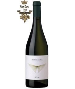 Rượu vang Ý Prunotto Moscato DOCG, được là sự pha trộn giữa các loại nho Moscato Bianco, Prunotto