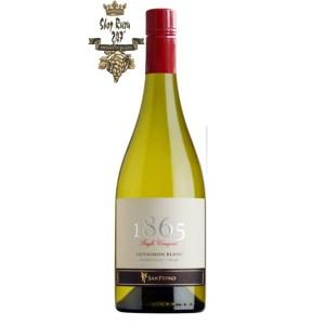 Vang Chile Trắng 1865 Sauvignon Blanc có mầu vàng rực rỡ. Hương thơm tươi mát và nổi bật của các loại trái cây như cam quýt, bưởi