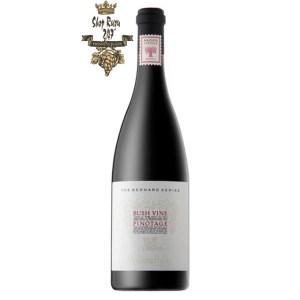 Vang Nam Phi Bernard Series Bush Vines Pinotage mang trong mình hương thơm của quả anh đào đen, dâu chín