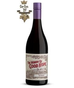 Vang Nam Phi The Winery of Good Hope Mountainside Shiraz với các loại trái cây nhiệt đới chín mọng như mận đỏ, anh đào,…
