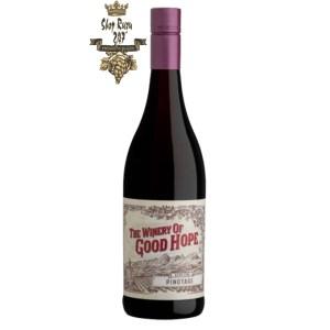 Vang Nam Phi The Winery of Good Hope Pinotage thăng hoa bởi các vị đa dạng hơn như: giống nho Pinotage, anh đào