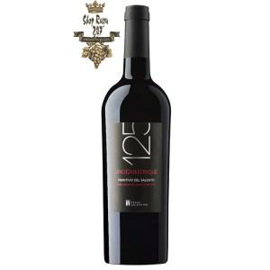 125 Primitivo Del Salento này là sản phẩm tuyệt hảo của nhà rượu này với sự kết hợp tinh túy từ nguồn nguyên liệu tốt nhất tạo lên màu đỏ đậm chất quý tộc và đặc trưng cùng hương thơm thanh lịch.