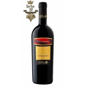 Paolo Leo Tacco Rosso Negroamaro có mầu đỏ ruby mạnh mẽ và mãnh liệt với mầu sắc granet. Hương thơm phức tạp và cay với gợi ý của quả mọng cùng hương thơm dễ chịu của cam thảo và café