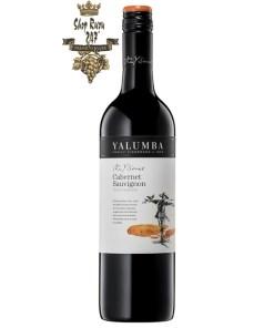 Yalumba Y Series Cabernet Sauvignon được làm từ 100% giống nho Cabernet Sauvignon và được lấy từ một số vườn nho chất lượng ở Nam Úc