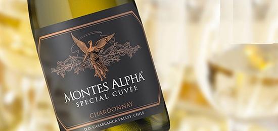 Rượu Vang Trắng Montes Alpha Special Cuvee Chardonnay có mầu vàng , với hương thơm của dứa,đào, trái cây nhiệt đới