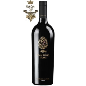 Rượu Vang Đỏ Gran Pumo Salento là sự hòa quyện của 2 chai vang nổi tiếng F và Pazzia .Rượu có mầu đỏ sậm ánh tím. Hương thơm mạnh mẽ quý phái của mứt và hoa quả chín nồng nàn.