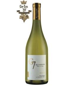 Rượu Vang Chile Trắng G7 Chardonnay có mầu vàng tươi sáng. Hương thơm của các loại hoa quả như đào, lê , táo, mơ và hương chanh.