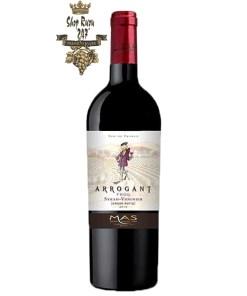 Rượu Vang Pháp Đỏ Arrogant Frog Varieties Syrah có mầu tím động với mầu hồng ngọc. Hương thơm của các loại gia vị ngọt và hoa violet cùng với hương vị