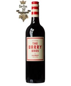 Rượu Vang Đỏ Barry Bros Shiraz Cabernet Sauvignon có mầu đỏ anh đào đẹp mắt. Hương thơm của anh đào, dâu đen, mận, hoa hồi