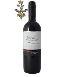 Rượu Vang Đỏ Cremaschi Cabernet Sauvignon có mầu đỏ sẫm với hương thơm của mận chín, mâm xôi cùng gợi ý của vani,