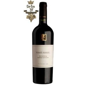Rượu Vang Chile Đỏ Punti Ferrer Reserva Cabernet Sauvignon có mầu đỏ ruby mạnh mẽ , hương thơm mãnh liệt của trái cây