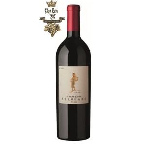 Rượu Vang ĐỏArrogant Chateau Limoux có mầu đỏ hồng ngọc đậm đà. Hương thơm phức tạp với mâm xôi, hoa violet cùng ghi chú vani cay.