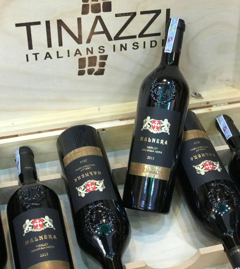 1 thùng quy cách 6 chai rượu Malnera Merlot Malvasia Nera (New Label)