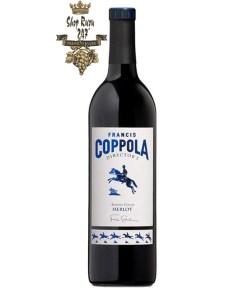 Rượu Vang Mỹ Coppola Director's Merlot có mầu đỏ ánh xanh. Hương thơm của các loại trái cây mầu đỏ, xanh, hoa hồi, gia vị