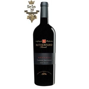 Rượu Vang Mỹ Rutherford Ranch Napa Valley Cabernet Sauvignon Reserve có mầu đỏ đậm đẹp mắt. Hương thơm của socola đen