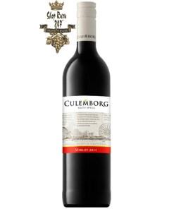 Culemborg Merlot có mầu đỏ ruby rực rỡ. Hương thơm quyến rũ lan tỏa của quả mọng đen, anh đào đen, phúc bồn tử cùng gợi ý của socola và café