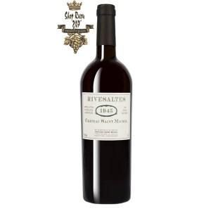Rượu vang Pháp Château St Michel Rivesaltes 1945 là một trong những loại rượu vang mạnh cấu trúc vang sánh mịn và lượng tannin mềm mại